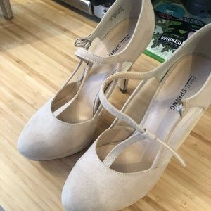 Call It Spring Light Pink Heels (4.5 inch) Size 8